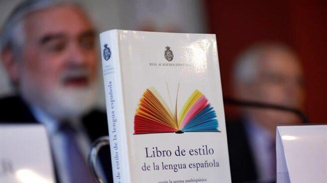 Presentación del 'Libro de estilo de la lengua española' en la RAE.