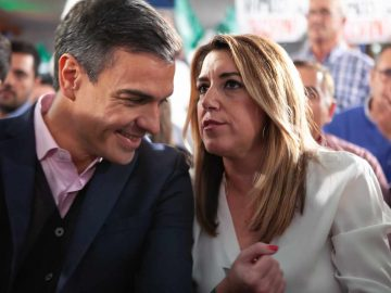 Pedro Sánchez y Susana Díaz, en el mitin de Chiclana.