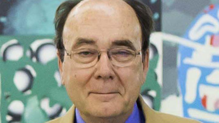 Francisco Calvo Serraller.