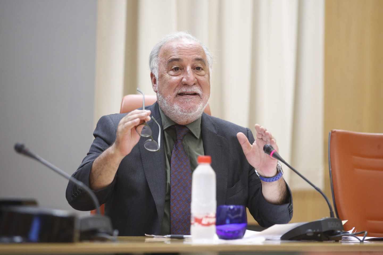El director de la DGT, Pere Navarro, en una comparecencia pública.
