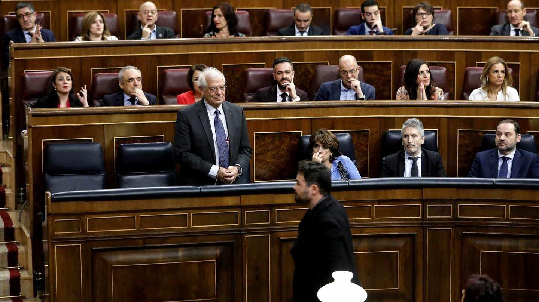 El diputado de ERC, Gabriel Rufián y el ministro de Asuntos Exteriores, Josep Borrell.