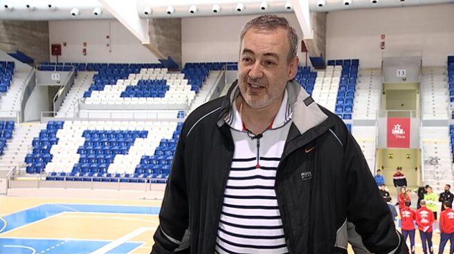 El presidente del Iberojet Palma, Guillem Boscana, durante una entrevista con la televisión balear.