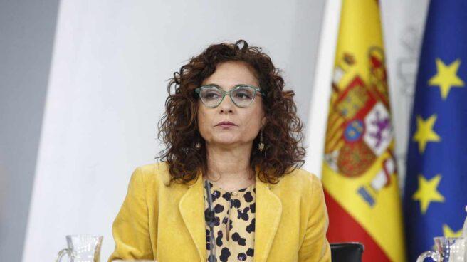 La ministra de Hacienda, María Jesús Montero, en rueda de prensa tras el Consejo de Ministros.