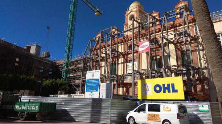 Obras en la Plaza Vieja de Almería de OHL.