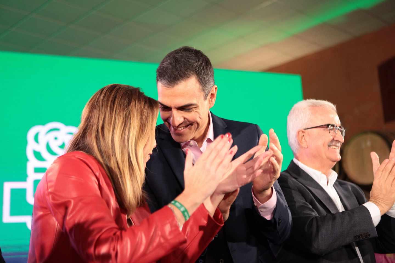Pedro Sánchez y Susana Díaz en un acto del PSOE en Chiclana de la Frontera.
