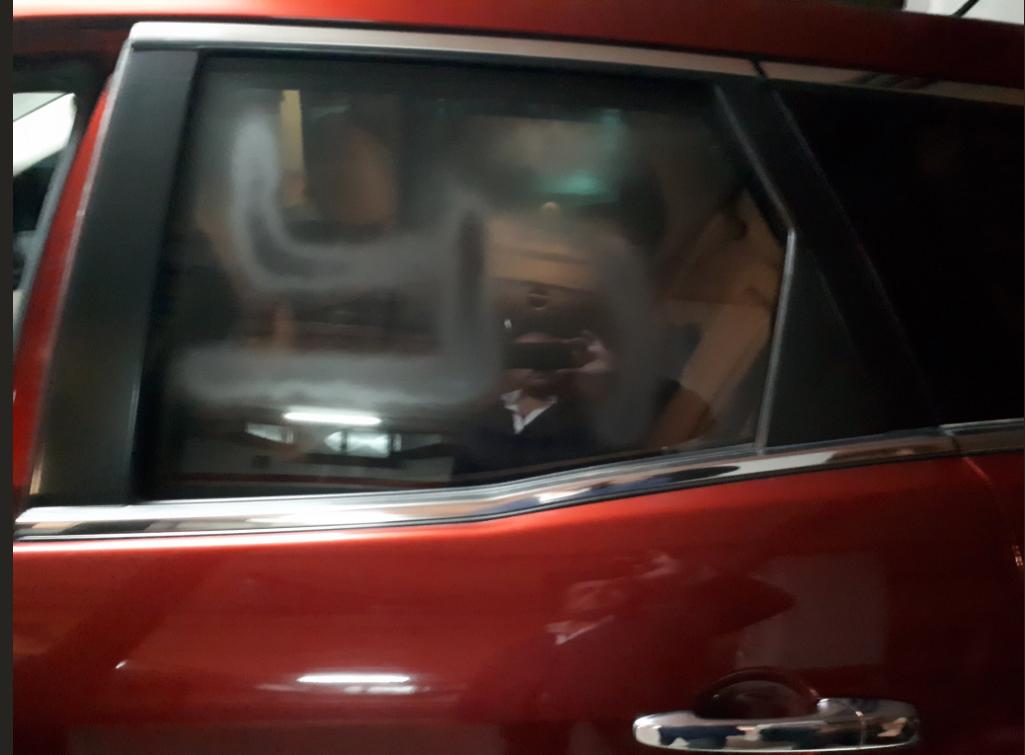 El coche de Alejandro Fernández, PP, pintado con una esvástica nazi.