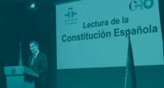 Felipe VI lee el preámbulo de la Constitución Española.