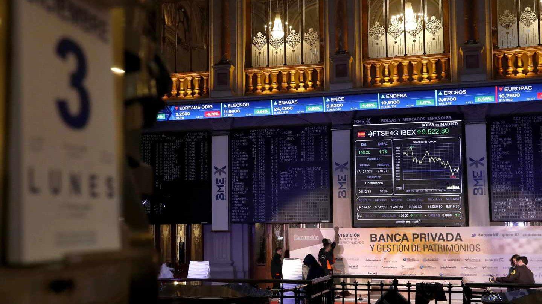 El Ibex aprovecha la tregua comercial entre EEUU y China y repunta a máximos desde octubre.