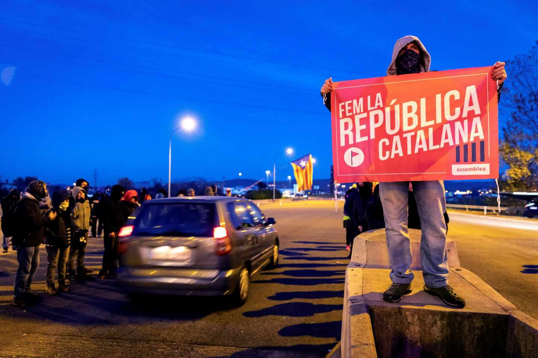 Protesta de los CDR en la autopista AP-7.