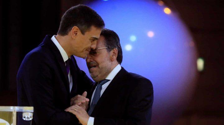 """Sánchez apela al diálogo """"sereno"""" frente la escalada de tensión en Cataluña ante el 21-D."""
