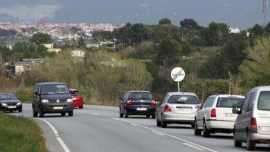 La DGT prohíbe rebasar el límite de velocidad para adelantar en vías secundarias