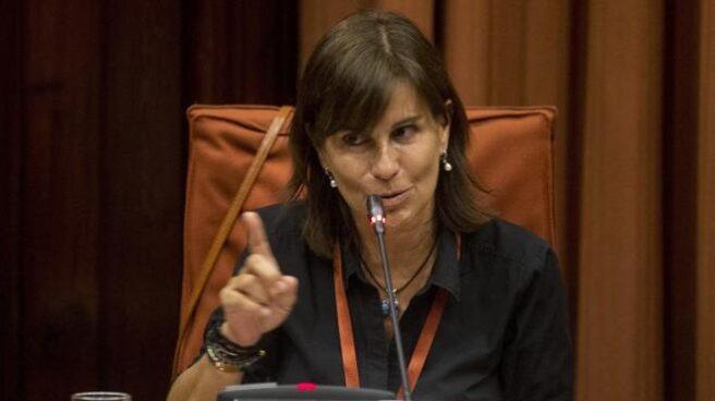 Victoria Álvarez, durante su comparecencia en el Parlamento de Cataluña en junio de 2017.