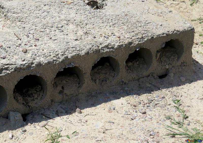 El hormigón convencional es el material de construcción con mayor demanda y empleo indiscriminado