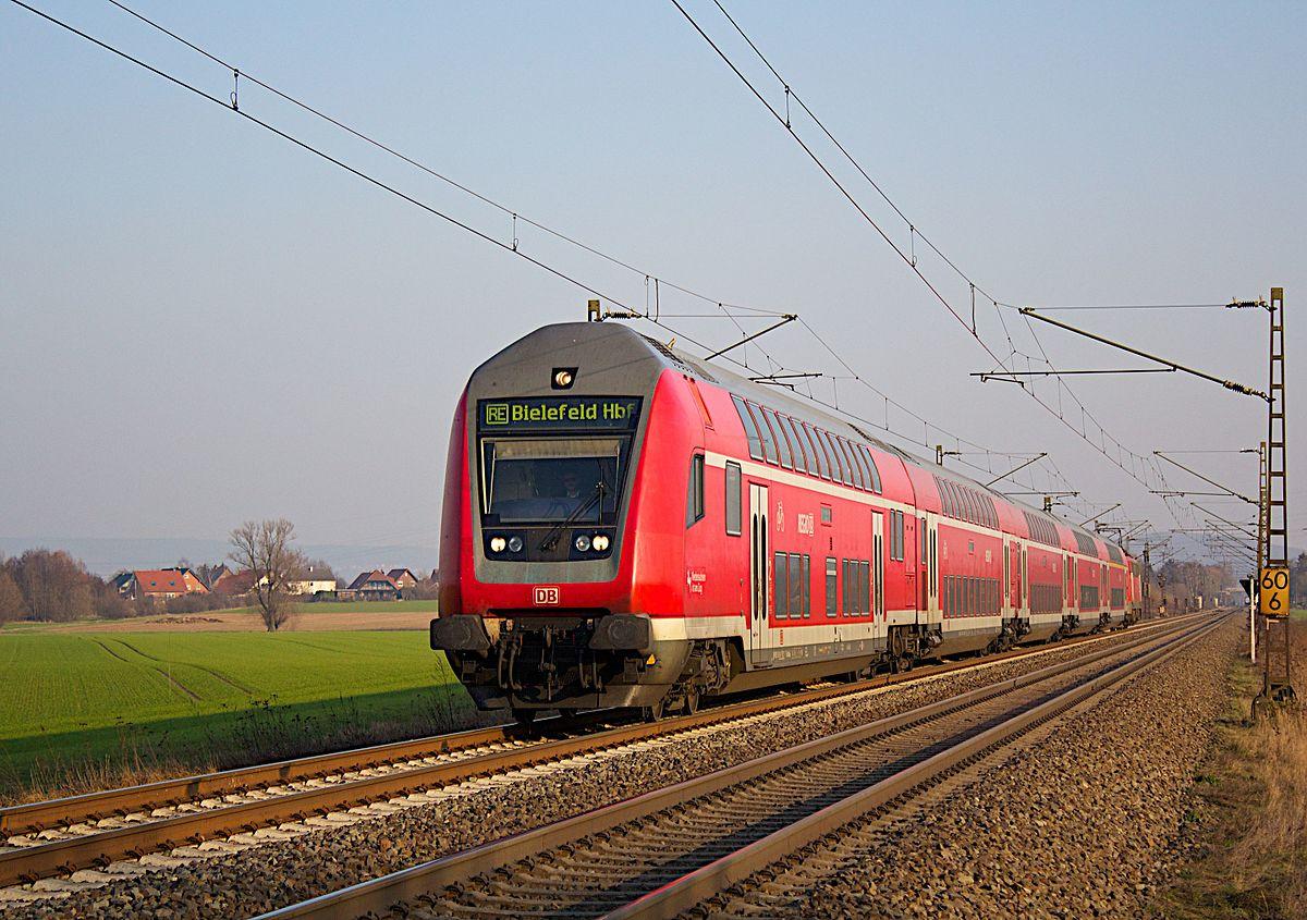 Un tren regional de Deutsche Bahn circula por Alemania.
