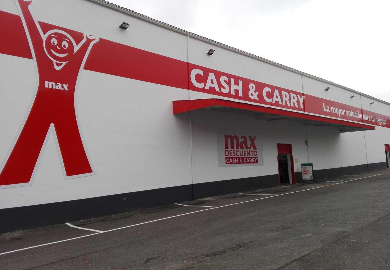 Supermercados regionales e internacionales preparan sus ofertas por el negocio de cash & carry de Dia.