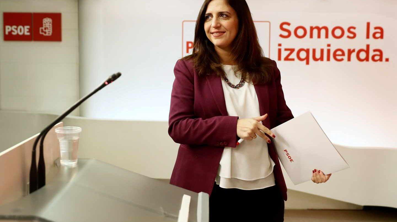 La portavoz del Comité Electoral del PSOE, Esther Peña, en rueda de prensa.