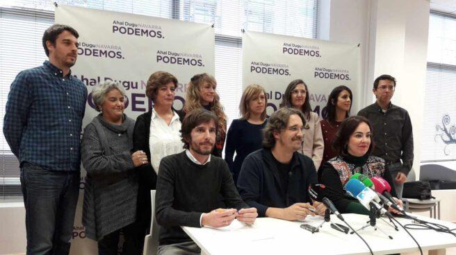 Mikel Buil, Dani López y la presidenta de la Cámara Ainhoa Aznárez.