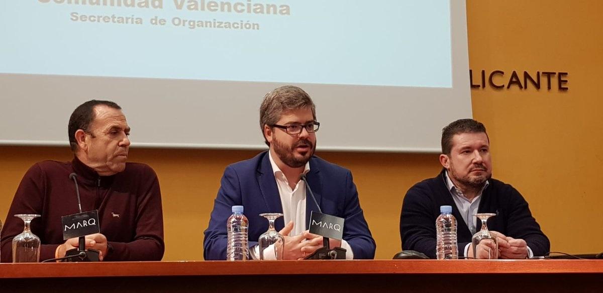 Ciudadanos se desmarca de Vox y reclama un frente constitucionalista en Andalucía.