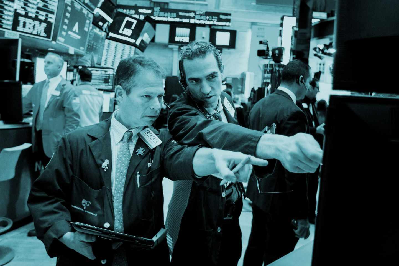 Operadores de mercado en Wall Street.
