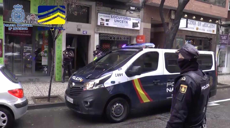 Operación policial para detener a tres personas como responsables de una web de contenido neonazi.