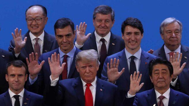 Pedro Sánchez, junto a Emmanuel Macron, Justin Trudeau y Donald Trump, entre otros dirigentes internacionales.