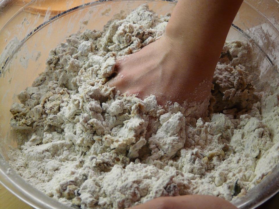 Varias generaciones de españoles han crecido pensando que el trigo era el único cereal utilizado en la elaboración de la harina.