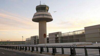 Colau pide eliminar el puente aéreo Madrid-Barcelona para reducir la contaminación