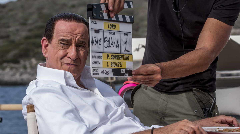 """Toni Servillo en el papel de Silvio Berlusconi durante el rodaje de """"Silvio (y los otros)"""""""