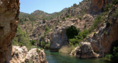 Paso del Río Cabriel por la Reserva Natural.