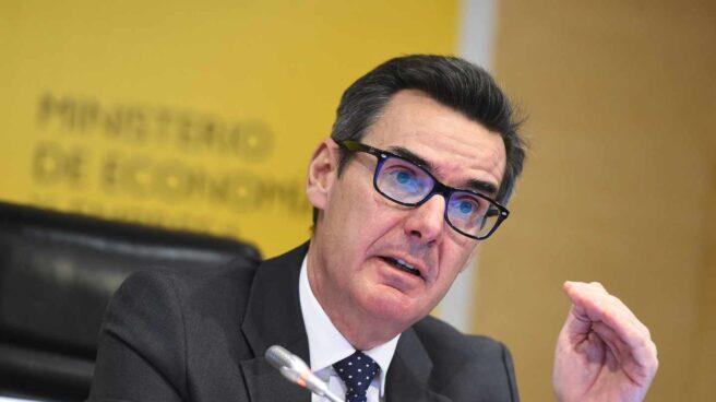 Carlos San Basilio, secretario general del Tesoro Público.
