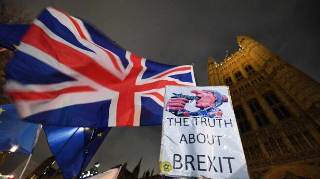Protestas por el Brexit en Londres junto al Parlamento.