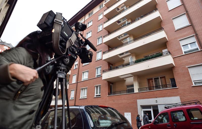 Vivienda del barrio de Atxuri de Bilbao donde se produjeron anoche los hechos.