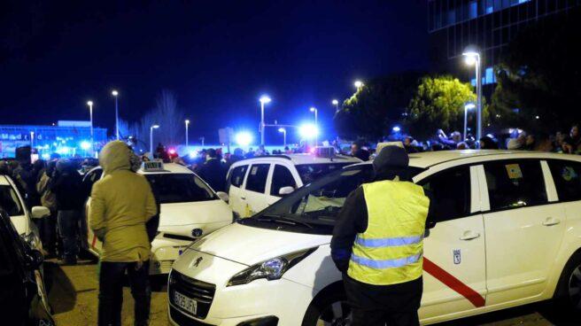 Concentración de taxistas en Ifema (Madrid).