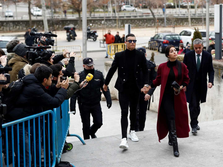 Cristiano Ronaldo entra en la Audiencia Provincial de Madrid.