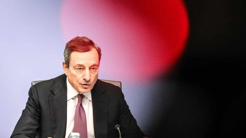 Draghi reconoce que Europa se frena y aleja la subida de los tipos de interés.