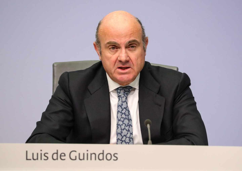 """Guindos urge a BBVA a zanjar el escándalo Villarejo: """"El tiempo es esencial"""""""