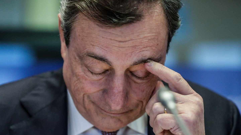 Draghi recuerda que el BCE puede recuperar herramientas si la economía empeora.