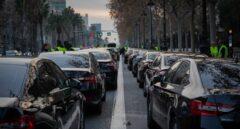 Fomento multará a Uber y Cabify si no dan cuenta de todos sus viajes a un registro