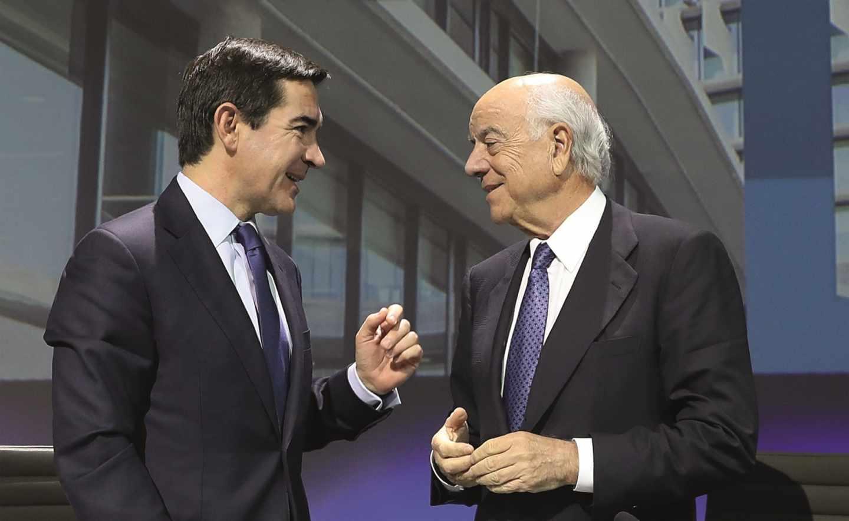 Carlos Torres Vila, presidente de BBVA, y Francisco González, presidente de honor de BBVA,