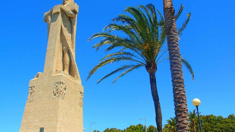 Monumento a Colón en Huelva.
