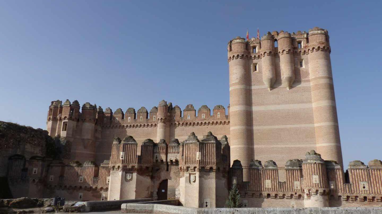 Parte frontal del Castillo de Coca.