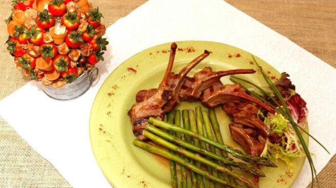 Lo que cenamos y en qué cantidad lo ingerimos, fundamental para llevar una dieta equilibrada.