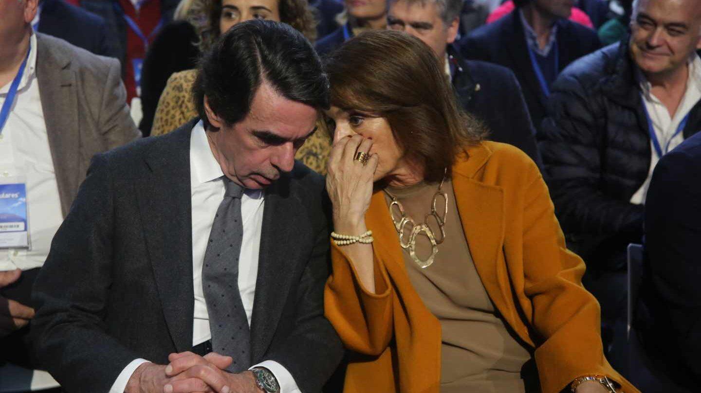 Ana Botella, junto a José María Aznar.