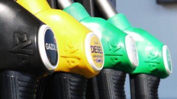 La gasolina sube un 15% desde finales de 2020 y recupera precios precovid