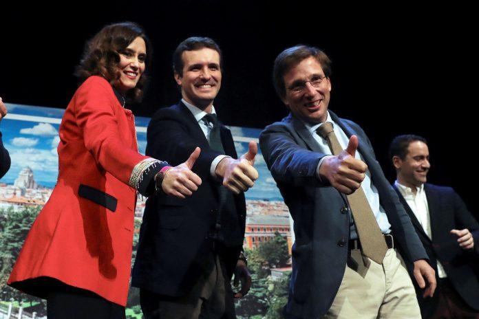 Pablo Casado junto a Isabel Díaz Ayuso y José Luis Martínez Almeida en la presentación de los candidatos madrileños