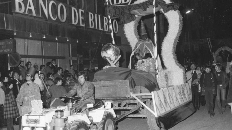 El periodista Ignacio Linares vestido de Mago Chalupa durante una cabalgada en Ponferrada