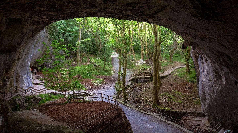 Las Cuevas de Zugarramundi