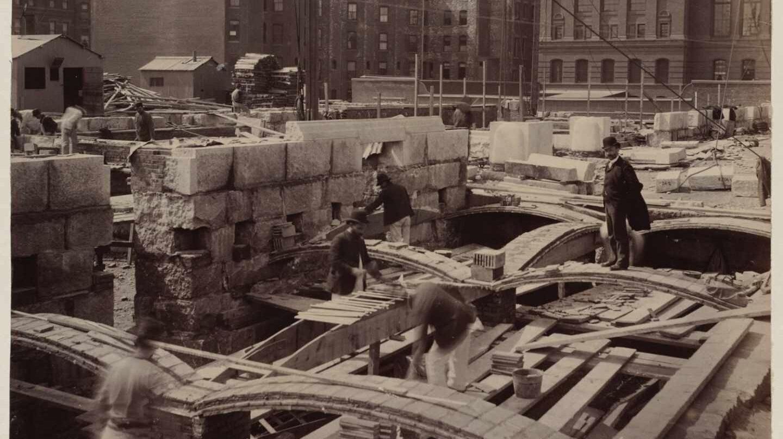 Rafael Guastavino, a pie de obra. Foto: Archivo de la Biblioteca Pública de Boston
