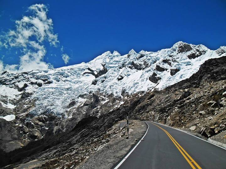 Vista desde la carretera del Nevado Mateo.