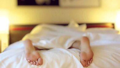 Dormir menos, una de las razones por las que los pobres sufren más del corazón